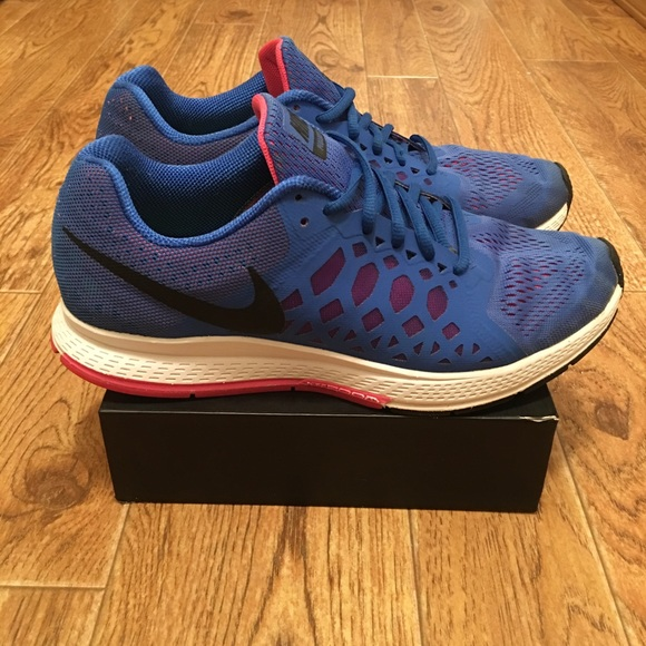 best service e943b 8d652 NIKE Pegasus 31 Women's Running Shoes (used)